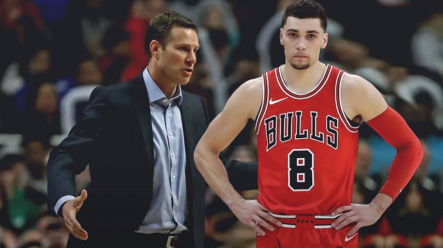 Fred-Hoiberg-not-happy-with-Zach-LaVine-waiting-for-the-ball.jpg